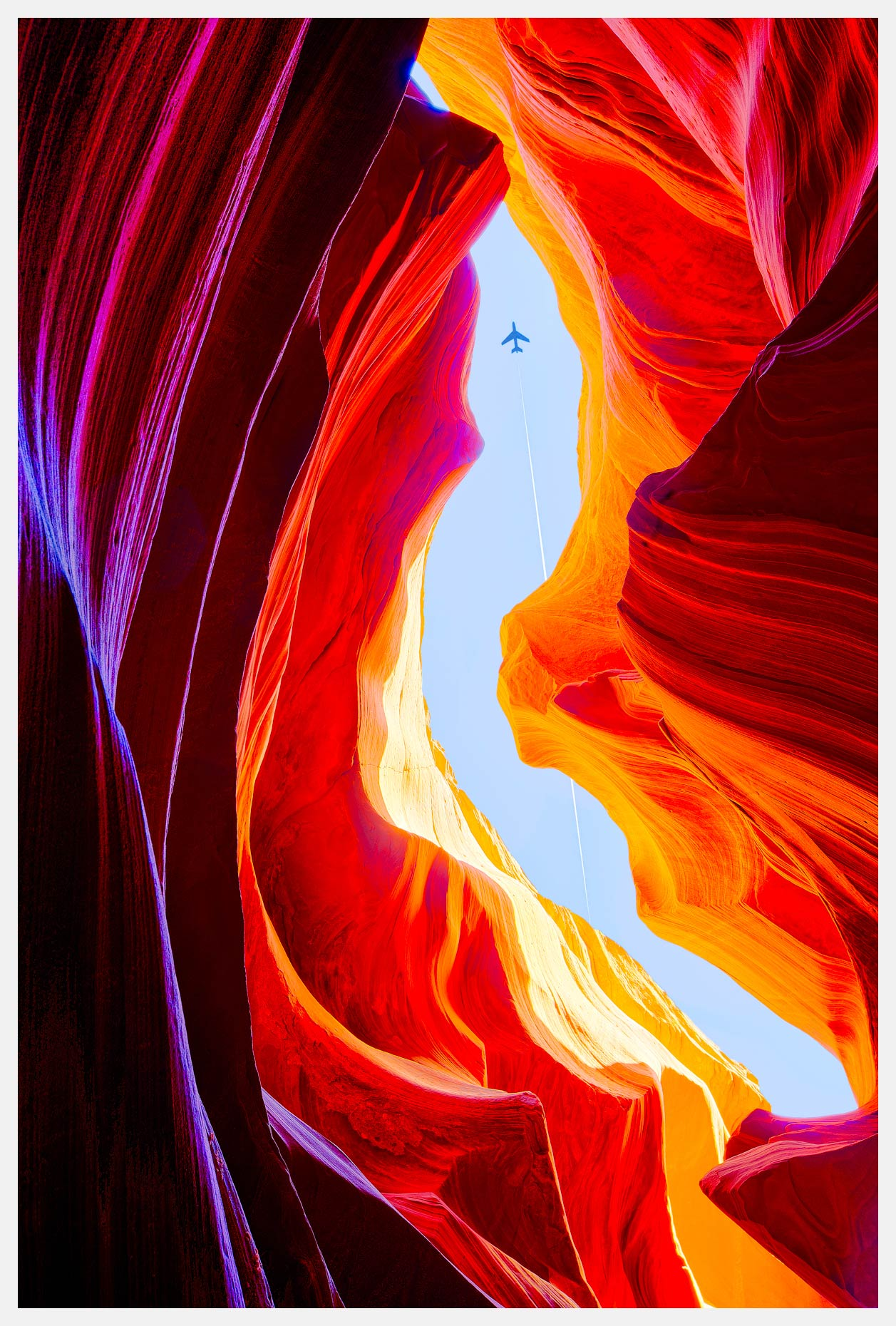 Antelope-Canyon-Page-Arizona-Vertical-Slot-Canyon-With-Plane-Overhead