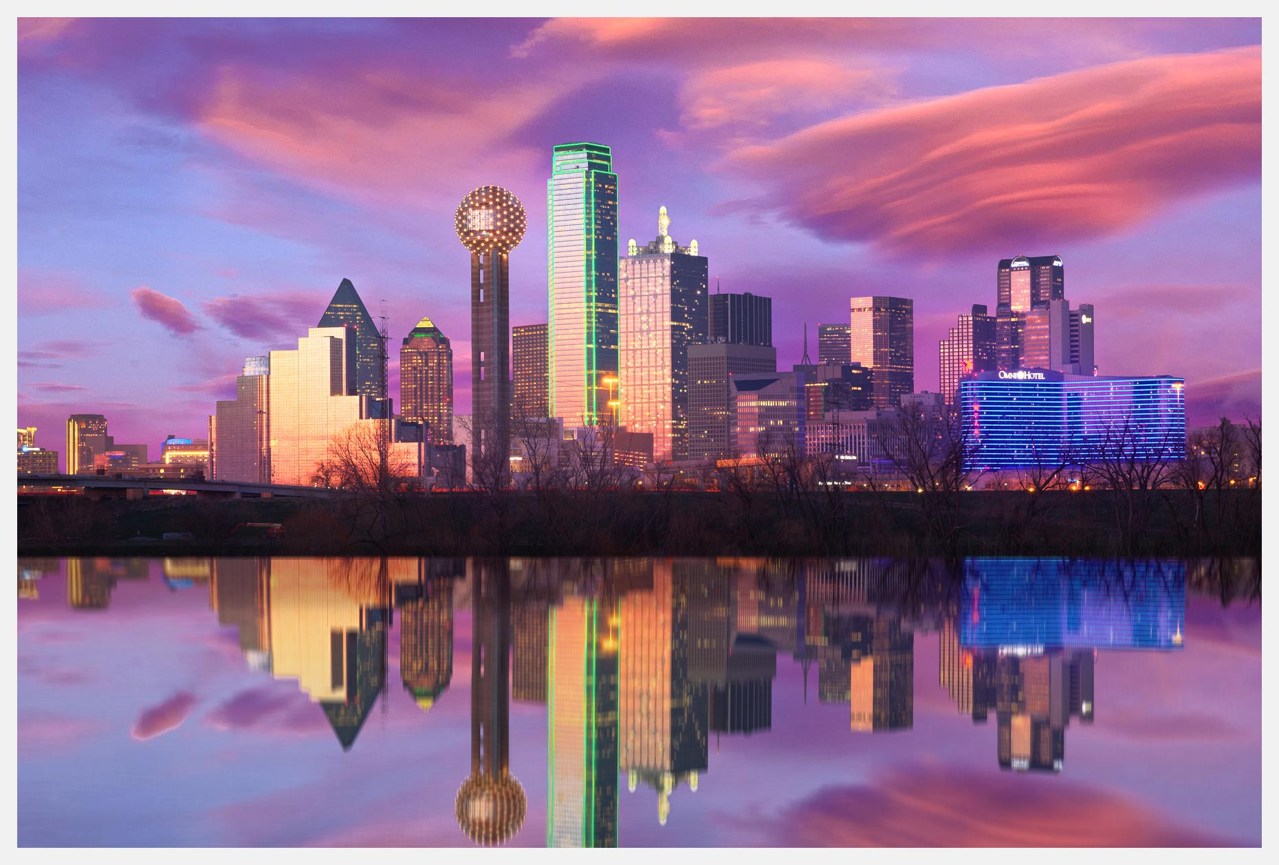 Dallas-Skyline-With-Reflection-At-Sunset