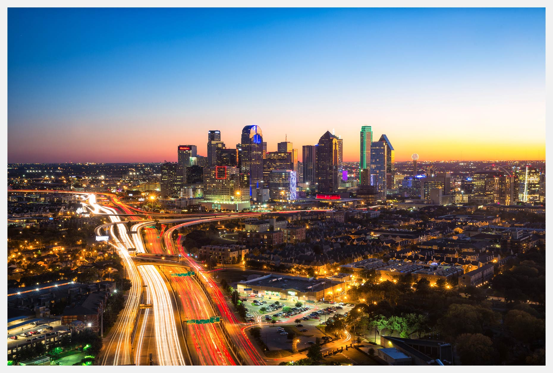 Dallas-Skyline-at-Dusk-With-Sunset-2016