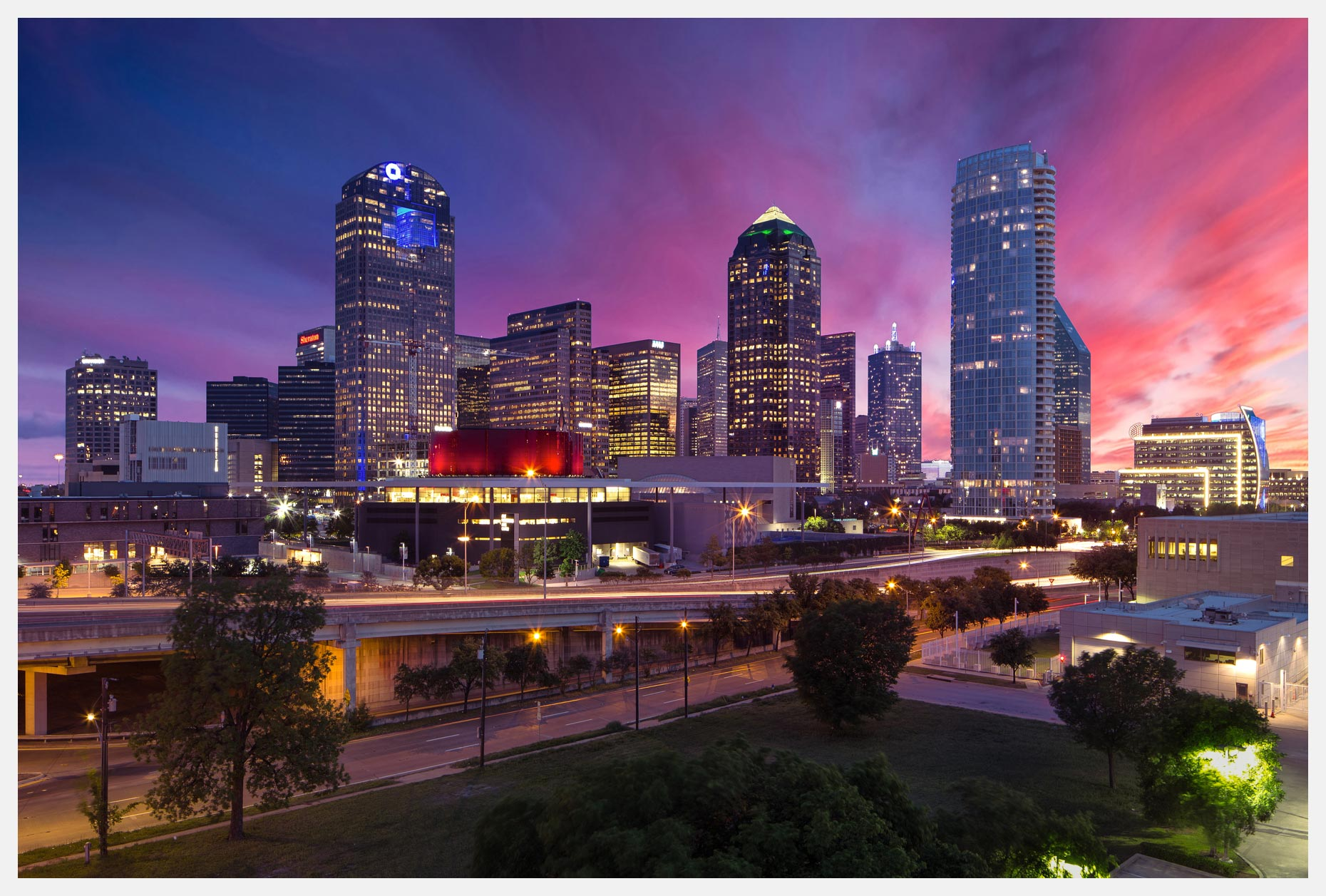 Dallas-Texas-Skyline-Pink-Sunset