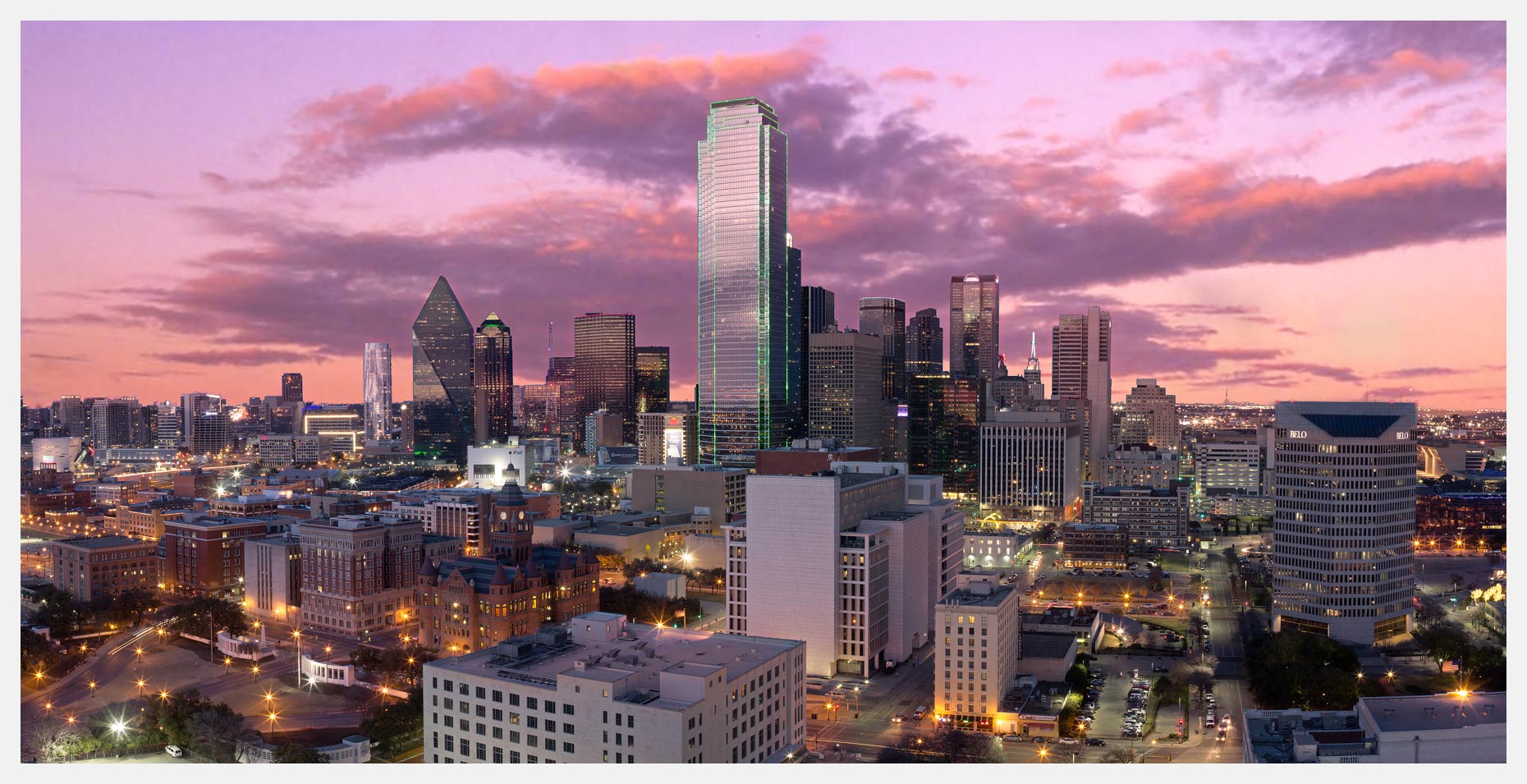 Dallas-Texas-Skyline-at-Sunset-with-Pink-Clouds