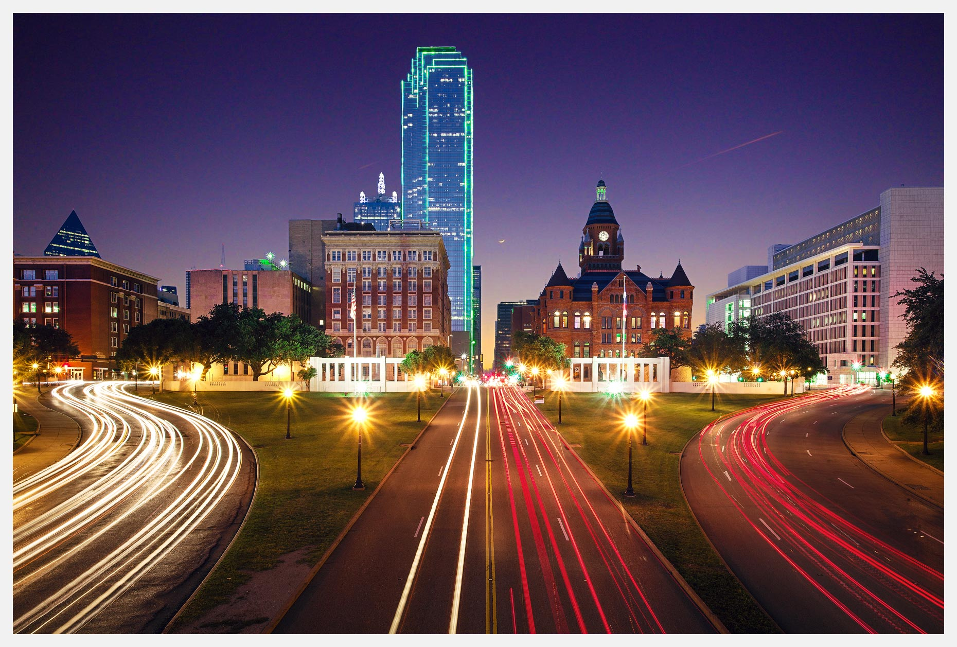 Dealey Plaza Dallas Texas Skyline View