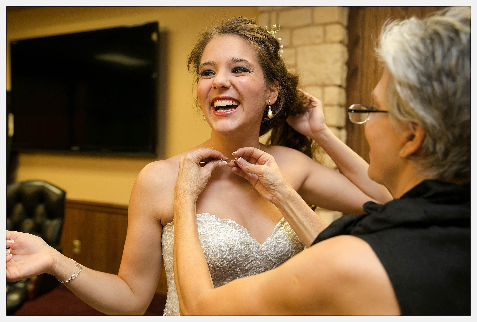 Madison-Carver-Wedding-by-Stephen-Masker-Photography-0031