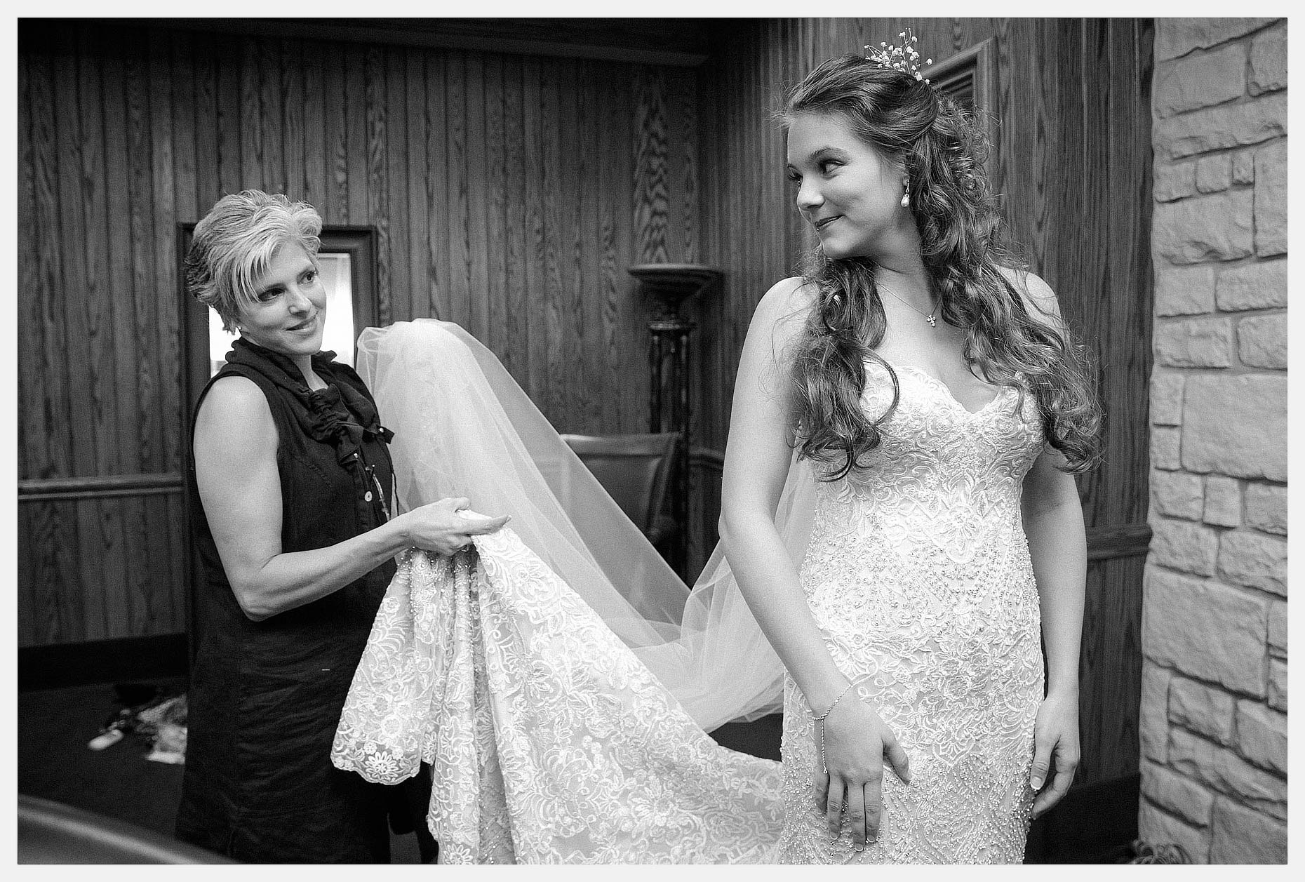 Madison-Carver-Wedding-by-Stephen-Masker-Photography-0036